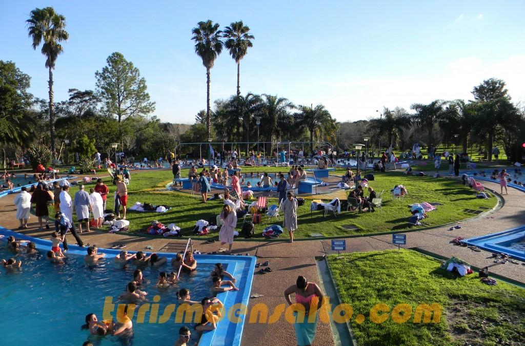 3 Panorámica piscinas  parque central